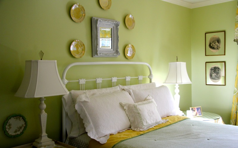 yellow green bedroom